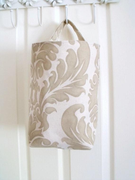 coat hook bag, hanging bag, hanging organizer, hat and gloves storage, coat rack bag, accessories pouch, keep safe bag