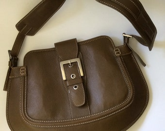 Tod's Olive Green Italian Leather Shoulderbag with Contrast Stitching