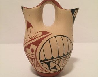 Vintage Native American Chinana Jemez Pueblo Indian Clay Wedding Vase from New Mexico