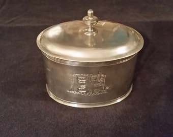 1988 Vintage Metropolitan Museum of Art MMA Oval Pewter or German Silver Trinket Box