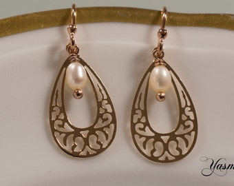 Filigree and Pearl in rose gold plated