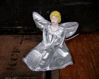 Christmas Angel - Angel Decoration - Angel Tree Topper - 1970s Christmas - Vintage Christmas - Silver Angel - Poseable Angel - Angel Decor