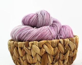 Hand dyed lace yarn sw merino nylon - Magnolia