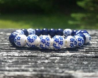 Polish Pottery Blue or Purple Ceramic Bracelet, ceramic beads, floral bracelet, floral pattern, stretch bracelet, blue flower bracelet