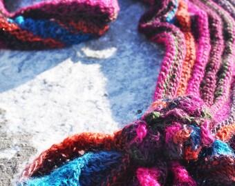 "Colorful shawl ""Haliotis"""