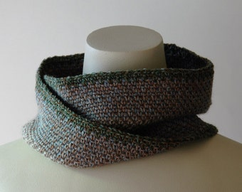 Fine crochet infinity scarf / muted colour / soft wool / mens cowl / neck warmer