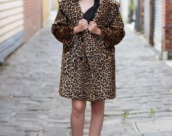 Vintage 1950s Leopard Print Swing Coat / Faux Fur / Oversized Shawl Collar / DESIGNER / S/M/L