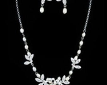 New  Bridal CZ Floral Crystal & Rhinestone Necklace and Pierced Earring Set