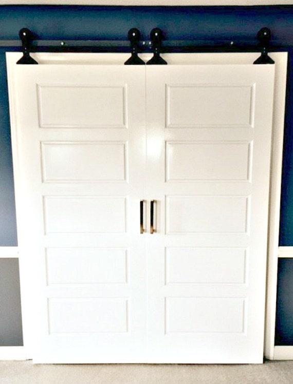Cheap barn door hardware diy barn doorsdiy doors for Cheap barn door hardware