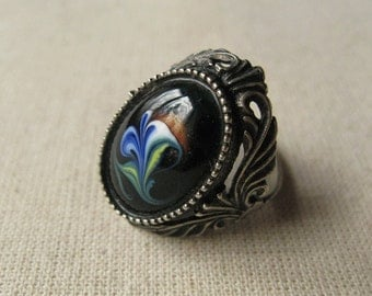 size 6.5 Vintage Metal Enameled Ring, Unusual Ring, Antique Accessory