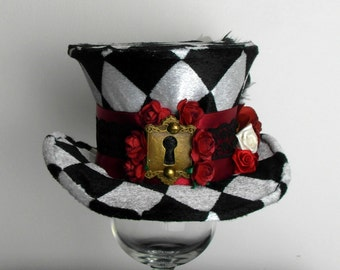 Alice In Wonderland - Roses and Keyhole - Mini Top Hat