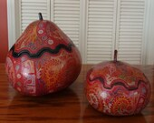 Vintage Set Red Peruvian Folk Art Finely Hand Carved & Painted Gourds