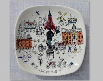 Inger Waage Stavanger Flint // Handpainted Waal Plate ODENSE
