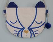 """Mini-sac """"Blaireau"""" bleu roy pour enfant, en coton et cuir, fait main, pièce unique, cadeau, anniversaire."""