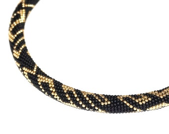 "Bead Crochet Necklace - Black with the golden drawing ""Graffiti"""