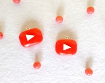 Hanging of the logo of youtube's fimo