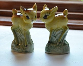 vintage fawn deer shakers   kitschy salt and pepper shakers   made in Japan