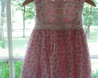 Baby Girl Dress. Pink and White Dress. 12 Months Baby Dress. Vintage Doily.