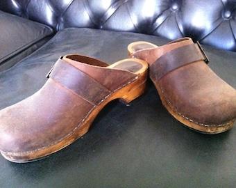 Cool Original Sanita Clogs Fit Size 37/38