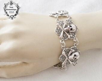 Crossbone skull gothic bracelet-silver bracelet-gothic skull bracelet-bracelet-slver cuff-halloween