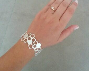 Silver Cuff Bracelet, Silver Cuff, Geometric Bracelet, Beehive Bracelet, Geometric Bangle, Wedding Jewellery, Bridal Jewelry, Honeycomb Cuff