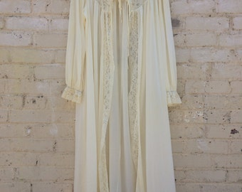 Radcliffe Vintage Lace Open Night Gown