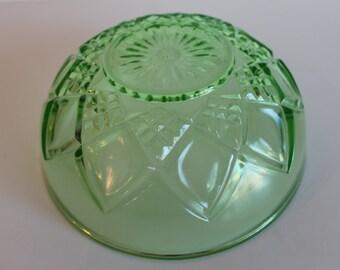 Hazel Atlas Depression Glass Vaseline Ghost Glass Uranium Art Deco Diamond Pattern Bowl