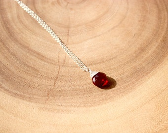 Ruby Red Quartz Heart Briolettes Necklace  / Red Stone Necklace / Ruby Briolettes Necklace / Simple ruby necklace