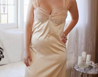 Long silk satin gown, lace nightgown, wedding night, honeymoon sleepwear, sexy sleepwear, sexy nightgown, wedding trousseau, Elizabeth 1