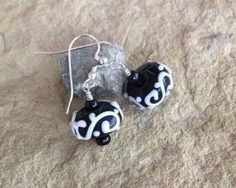 Pretty black and white lampwork glass bead drop earrings, sterling silver drop earrings, boho earrings, black earrings, dangle earrings