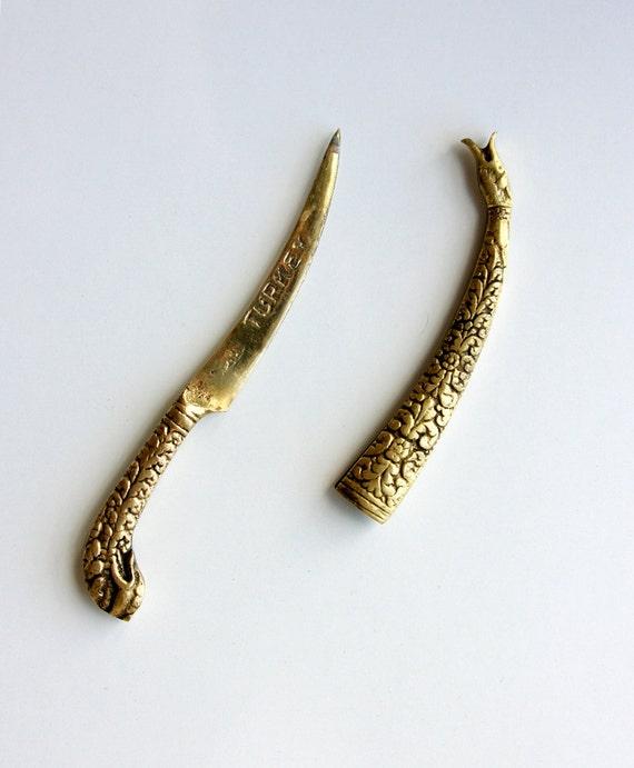 Vintage brass letter opener Ornate envelope opener Oriental embossed Turkey souvenir Brass dagger Man gift Office decor Desk accesssory