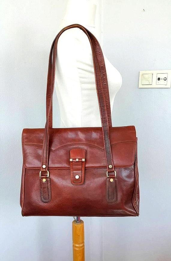 Vintage leather handbag Genuine leather handbag Large shoulder bag Italian 1960's Womens leather hanbag Fashion designer bag