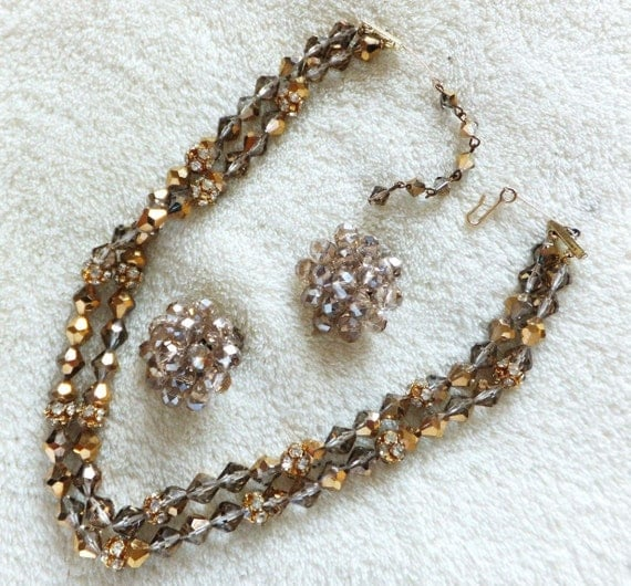 Lovely vintage 1950s gold and smoky glass aurora borealis glass necklace & earrings set