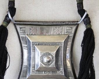 Tribal TOUAREG / TUAREG collier- Shirawt Tcherot necklace amulet - Bijoux ethniques - argent - Collier tribal vieux de désert du Sahara