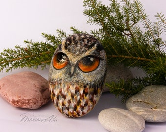 """Painted rocks Hand-painted stone """"Owl"""""""