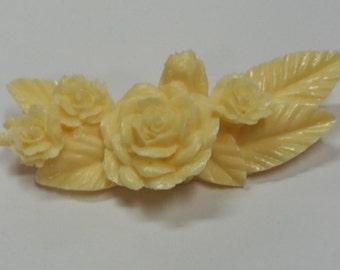 Opaque-  Resin- Ivory - Flower Spray - Pendant - 73x30mm
