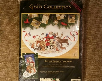 SALE! Dimensions 8565 Santa's Wildlife Tree Skirt - Cross stitch kit *UNOPENED*