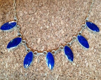 Gorgeous oval necklace