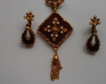 LJM matching necklace and clip on earring set.