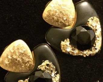 Vintage gold and black earrings