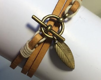 Poca camel leather bracelet