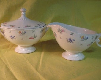 """Harmony House """"Monticello"""" made in the USA by Hall China - Sugar bowl w/lid and creamer"""