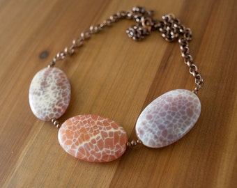 Chunky Stone Necklace, Stone Statement Necklace, Agate Necklace, Natural Stone Necklace, Gemstone Necklace, Pink Stone Necklace