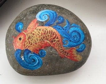 Gorgeous Hand Painted Zodiac / Coy / Pisces on Medium Charcole Grey River Stone Rock -