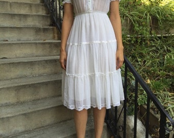 Vintage White Cotton Dress/Vintage wedding/Sheer Top/ Beautiful Floral Detailing/Small
