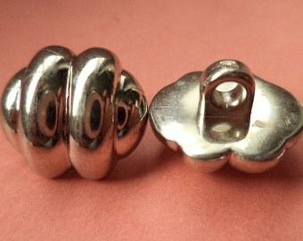 12 small buttons silver 13mm x 15mm (251) button