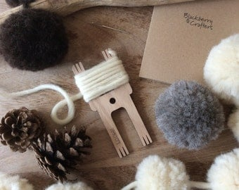 Luxury pure wool pom pom making kit. Gift for natural yarn lovers. DIY Gift.