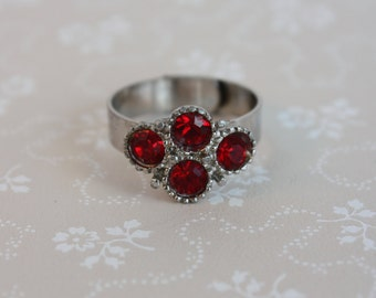 Vintage Ruby Red Rhinestone Ring - Silver Tone and Diamante Cluster Ring
