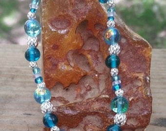 Ocean Blue Iridescent Glass Beaded Bracelet