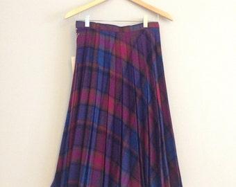 "FREE US SHIPPING | Vintage 70s Purple, Blue, Orange + Pink Plaid Pleated Knee Length Wool Blend High-Waisted Skirt | 27"" Waist"